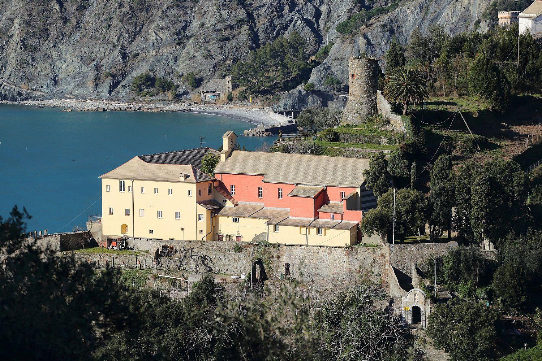 Visita (da casa) al Monastero di Monterosso